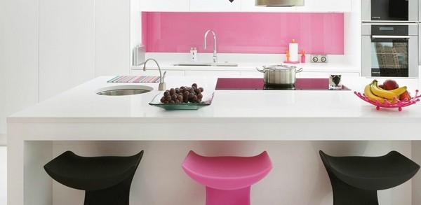 Thiết kế phòng bếp tông màu hồng mê hoặc phái đẹp - 3