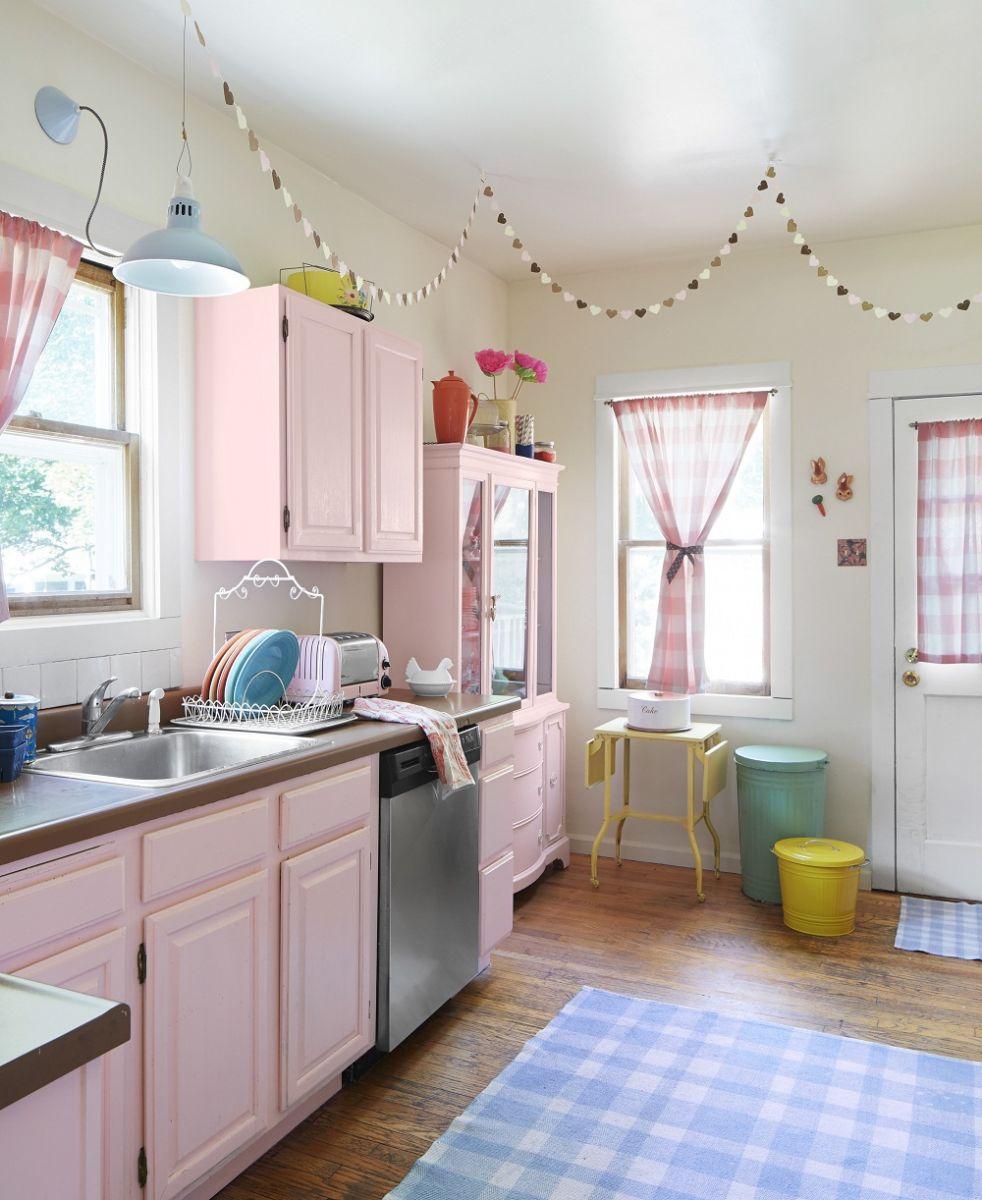 Thiết kế phòng bếp tông màu hồng mê hoặc phái đẹp - 5