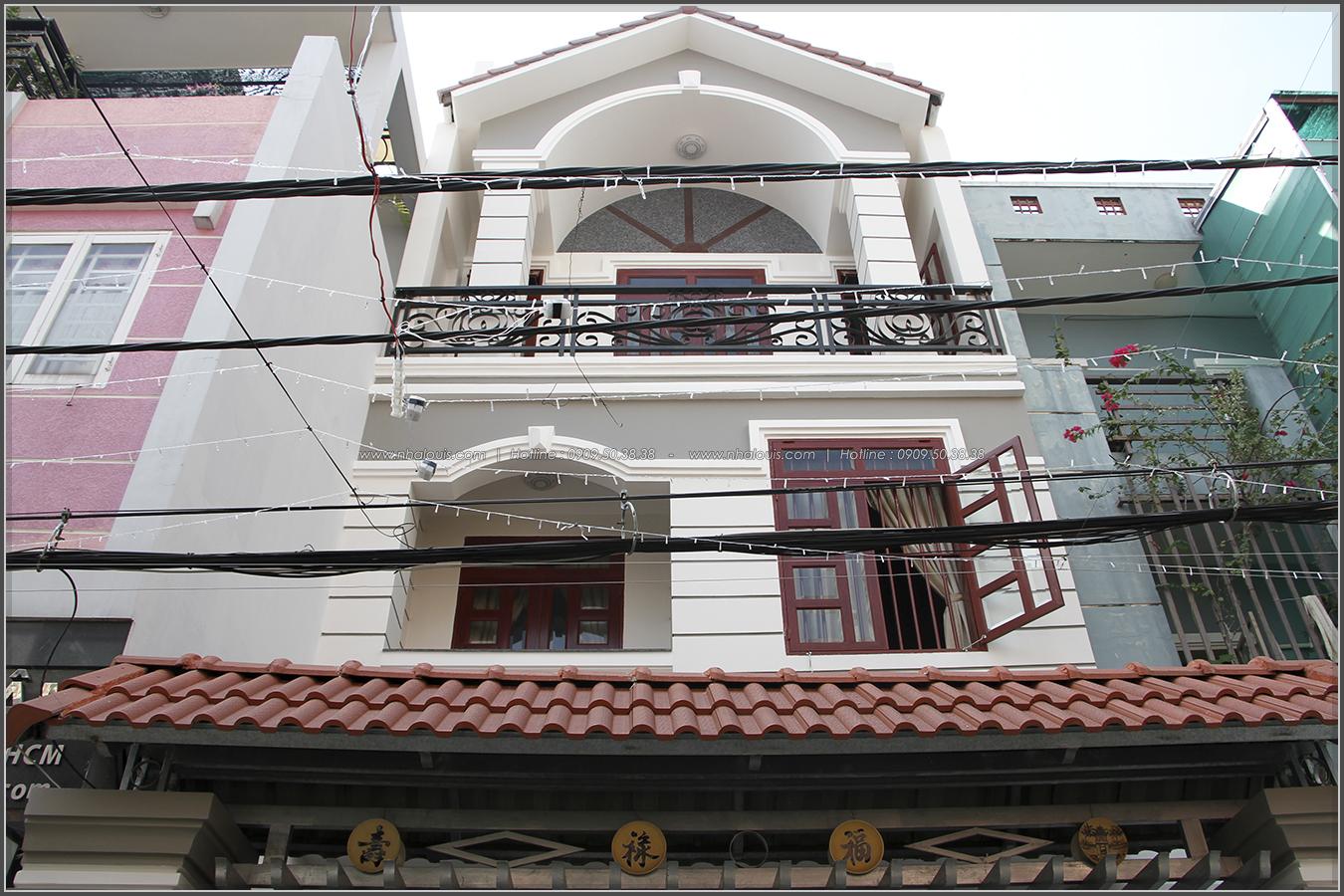 Nhà phố 3 tầng với chốn thờ phụng uy nghiêm của nghệ nhân ưu tú