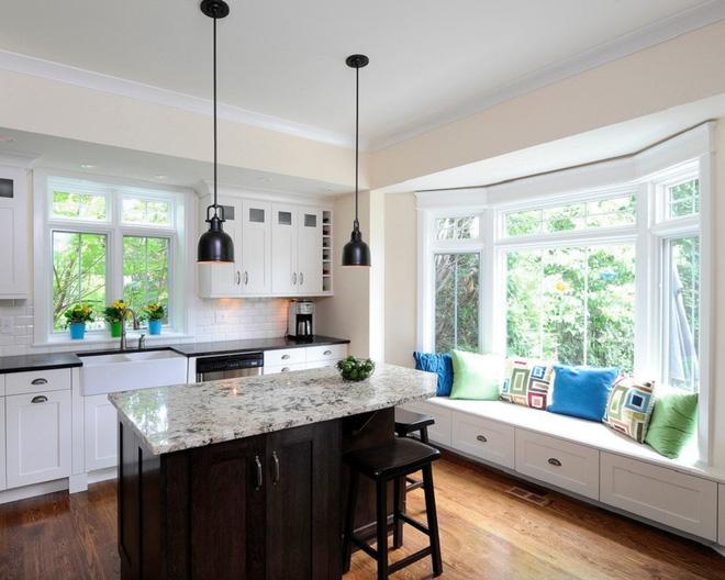 Khác biệt với 10 mẫu thiết kế nhà bếp có ghế ngồi bên cửa sổ - 07