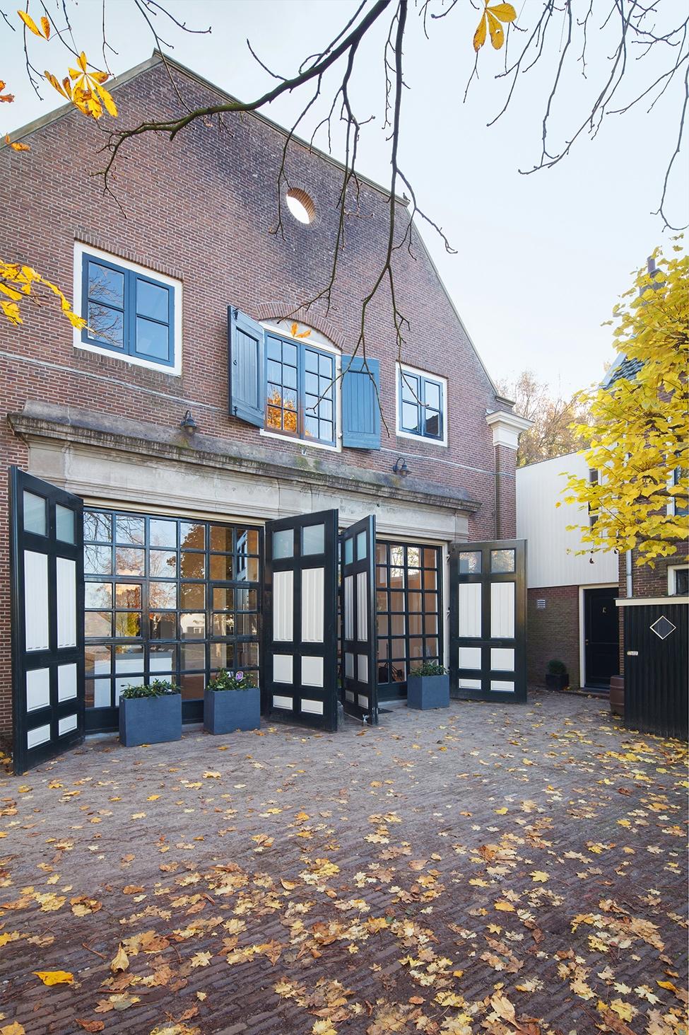 Khám phá ngôi nhà gỗ đẹp như tranh vẽ ở Hà Lan
