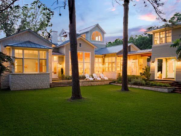Ngôi nhà cổ điển tại Mỹ đẹp quý phái ở vùng ngoại ô Austin - 01