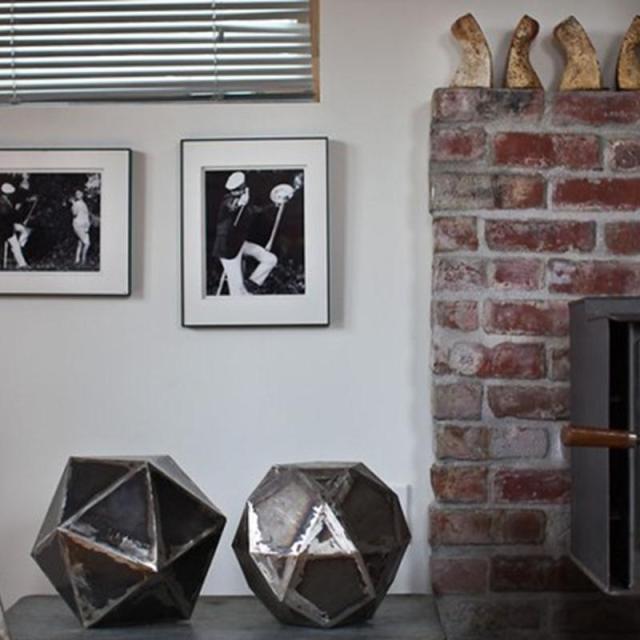 Chiêm ngưỡng căn nhà cải tạo từ gara cũ của nữ nghệ sỹ