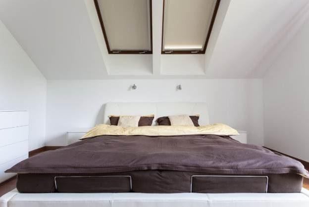 Nội thất phòng ngủ phá cách với trần thạch cao