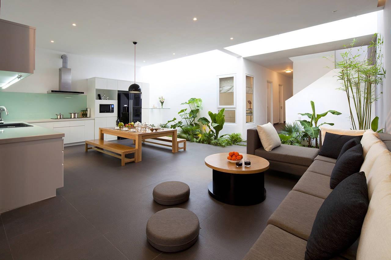 Bí quyết thiết kế giếng trời phía sau nhà đơn giản mà hiệu quả cao